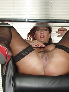 Under Table Upskirt Pics