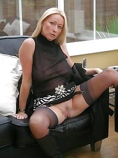 Blonde Upskirt Pics